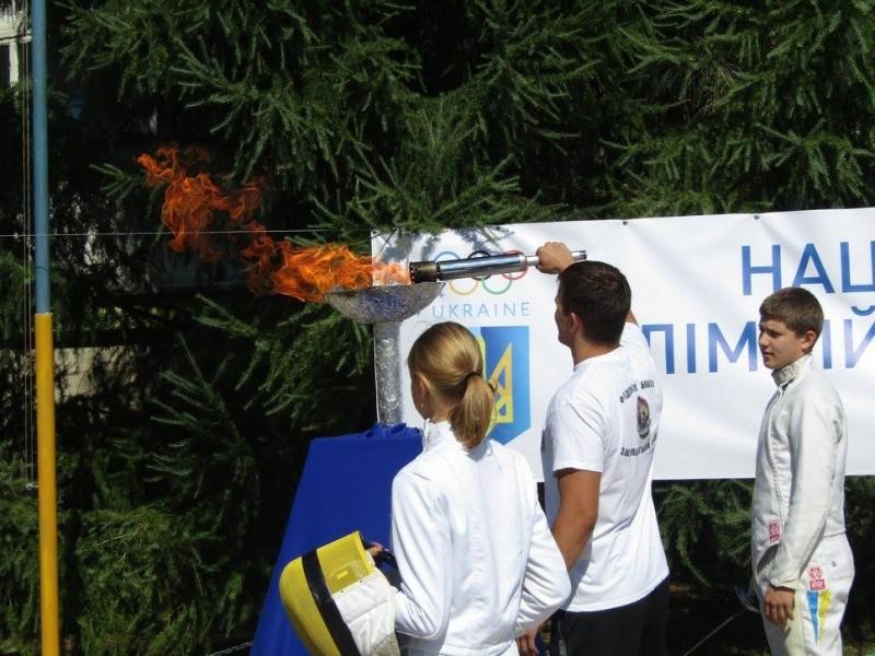Чемпіон світу запалив Олімпійський вогонь в Ужгороді