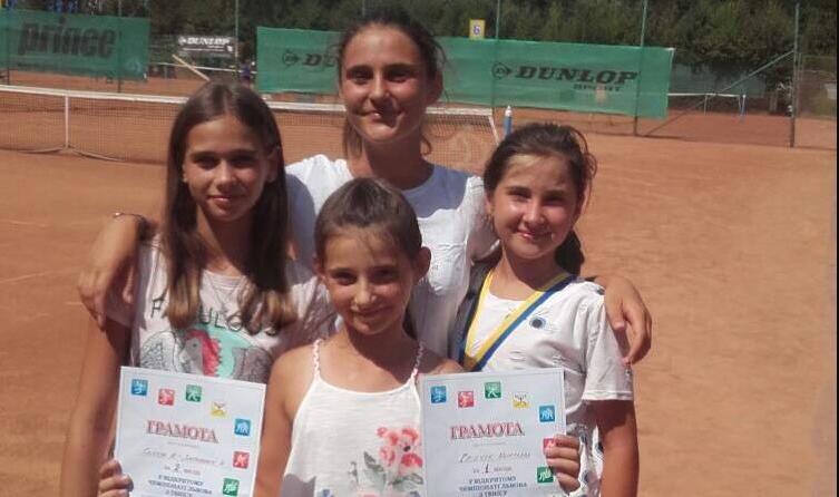 Тячівські тенісистки показали високі результати у Львові