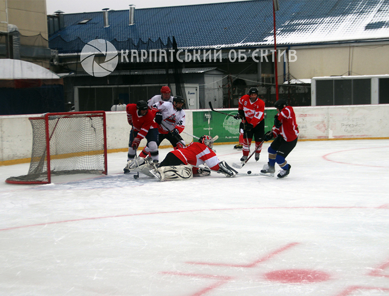 Насичений хокейний вікенд в Ужгороді