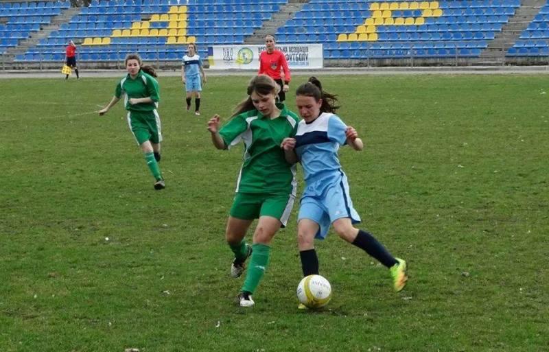 Закарпатські футболістки виступили на всеукраїнських змаганнях