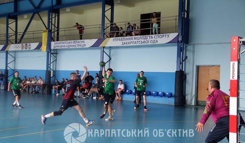 Розіграно комплект нагород у чемпіонаті Закарпаття з гандболу