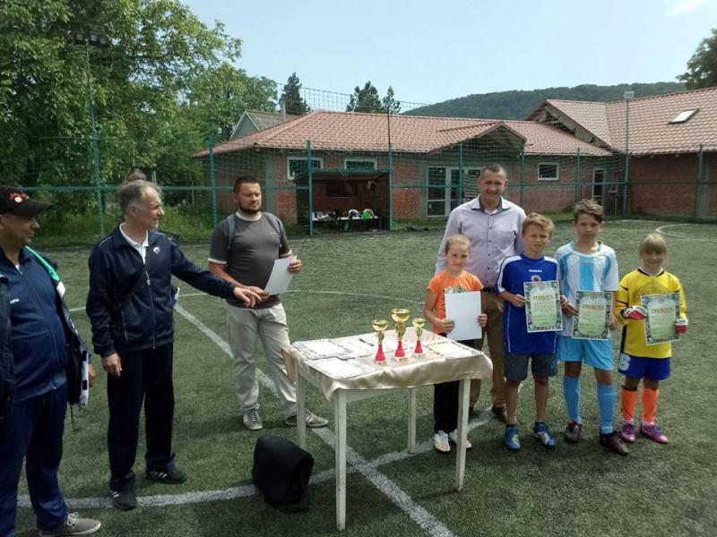 На Ужгородщині відбувся дитячий футбольний турнір