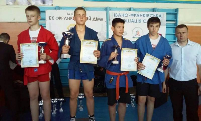 Ужгородські самбісти вибороли 8 медалей на всеукраїнських змаганнях