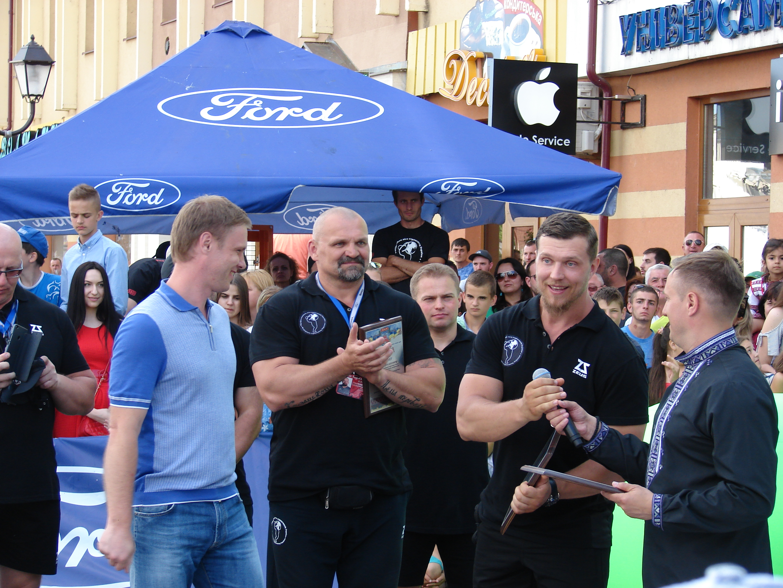 Чемпіоном світу зі стронгмену у ваговій категорії 110 кг став українець Олександр Кочергін