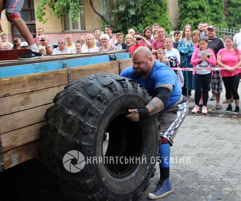 «Карпатський ведмідь 2018»: тріумф мукачівця Івана Деркача