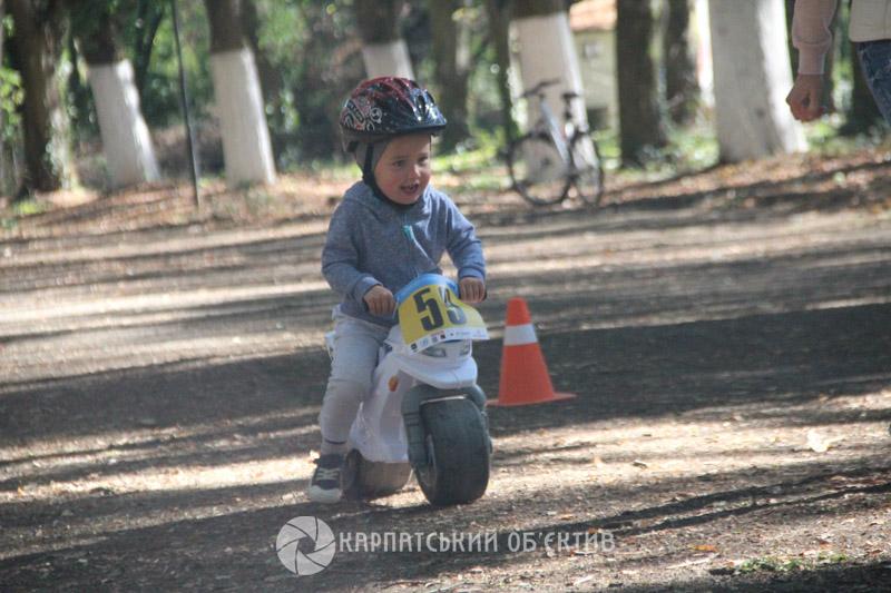 Для закарпатських дітей влаштували свято велоспорту та активного відпочинку
