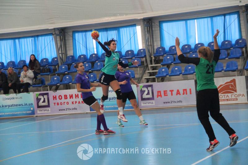 Ужгородські гандболістки впевнено обіграли «Бровари»