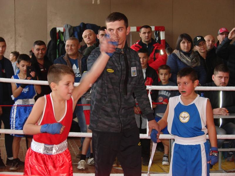 До Хуста на турнір ім.В.Тунаєва з`їхалися кращі боксери області