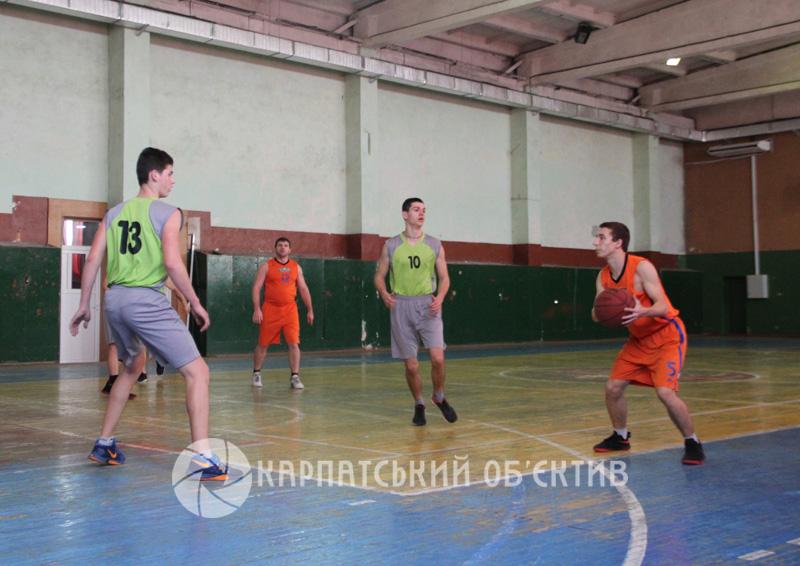 Чемпіонат Закарпаття з баскетболу: огляд матчів 6-го туру