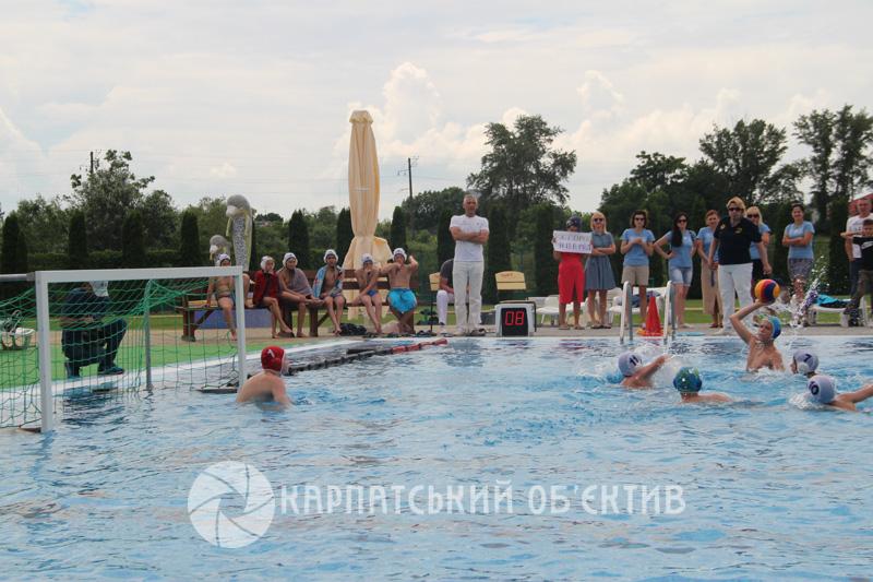 В Ужгороді триває юнацький чемпіонат України з водного поло