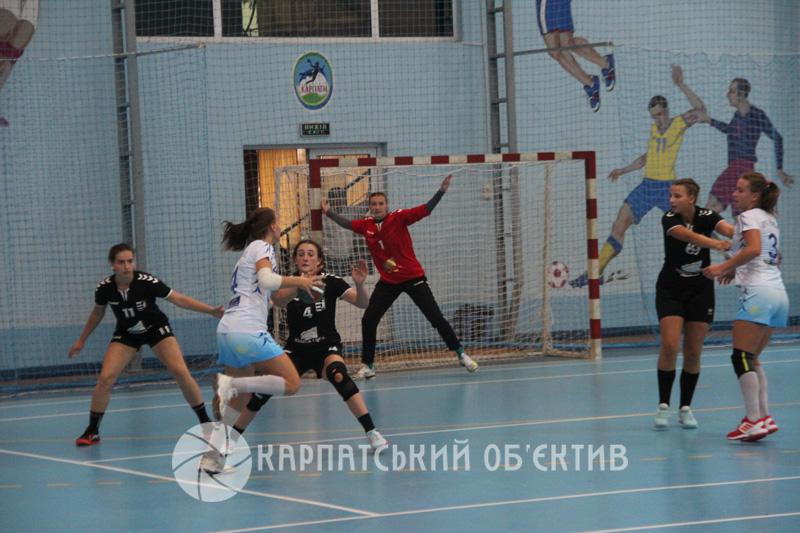 Ужгородські «Карпати» та миколаївський «Реал» обмінялися перемогами