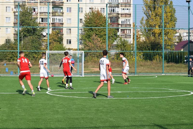 В Ужгороді зявився новий спортивний майданчик