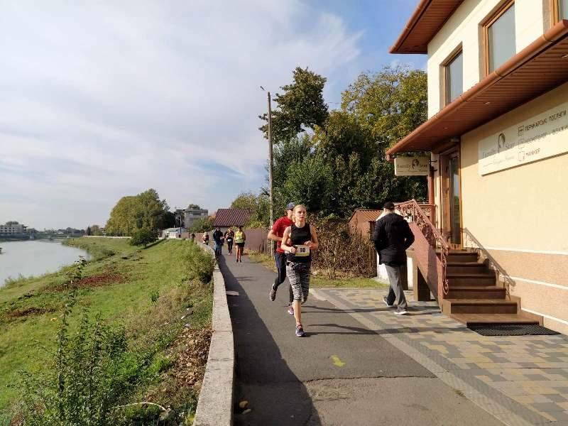 Сотні бігунів та десятки кілометрів дистанції: у Мукачеві відбувся «Half Marathon 2019». ФОТО