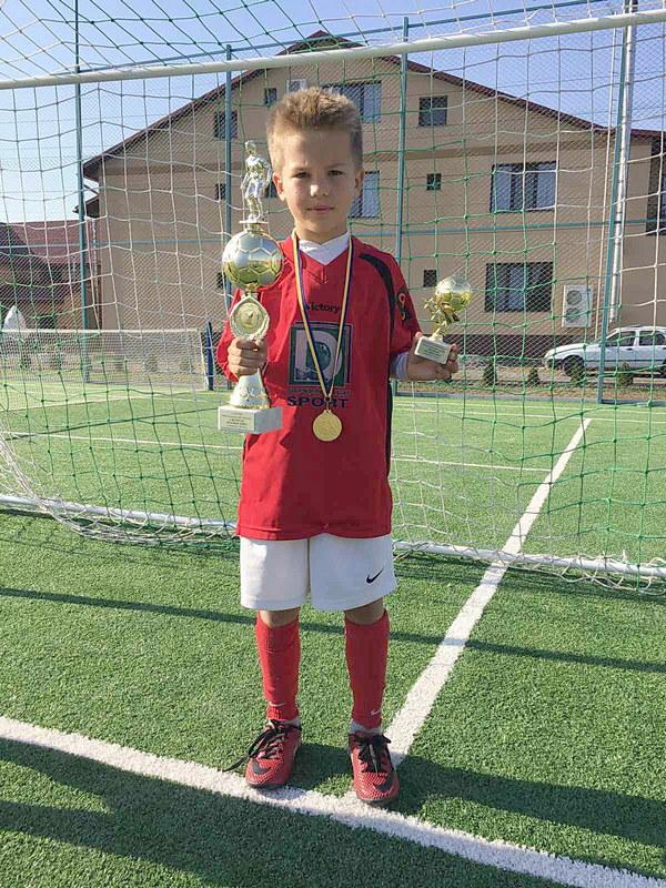 Хустські дітлахи – переможці міжнародного турніру з футболу
