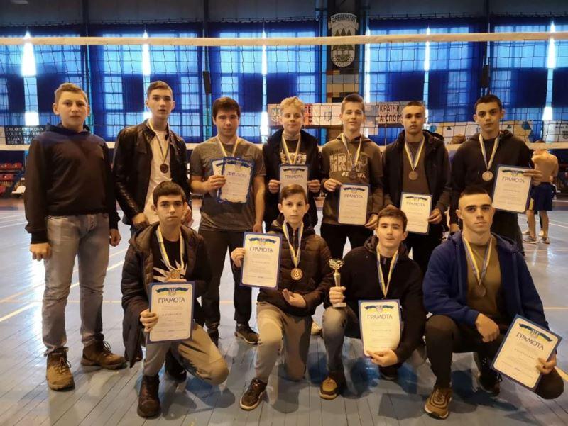 Закарпатські студенти визначали кращих у змаганнях з волейболу